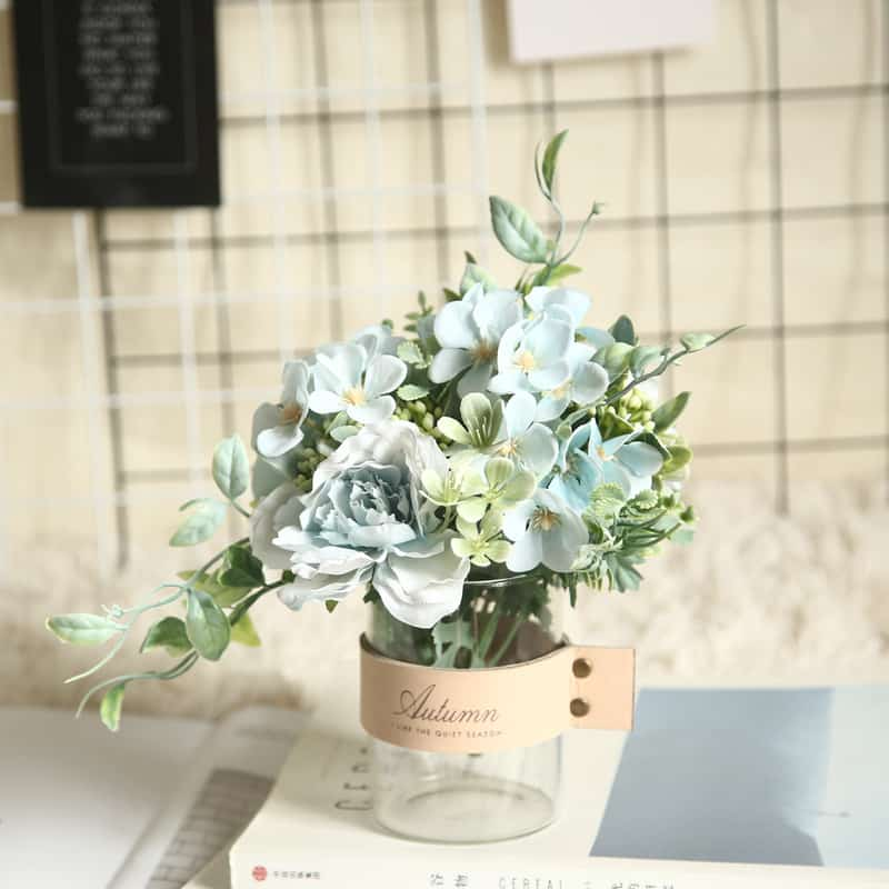 Fresh Flowers in Tea Language Bouquet