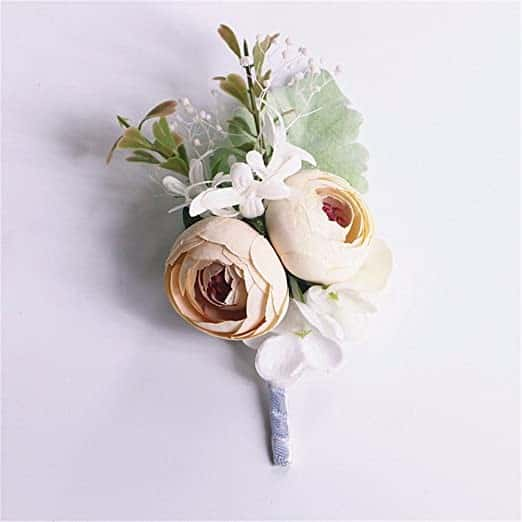 """How to Make A Buttonhole with Artificial Flowers"" is locked How to Make A Buttonhole"